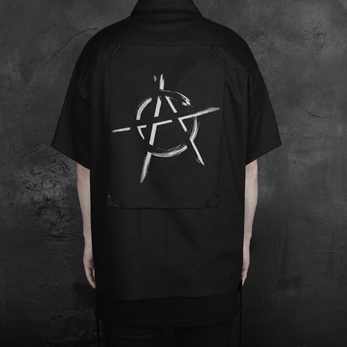 [디베르그] 'Anarchism' Half Shirts [Deep Black]