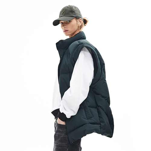 [메종미네드]GOOSE OVER PADDING VEST DEEP GREEN