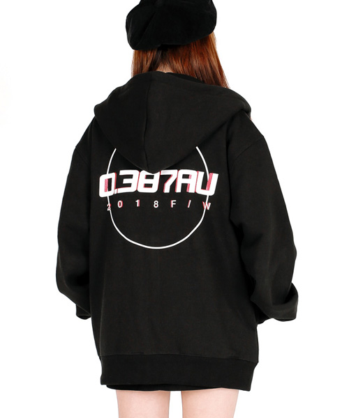 [0.387AU] Circle Logo hood zip-up Black 한정 상품