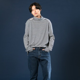 [우니베르소]STRIPE TURTLE NECK T-SHIRT-BLUE