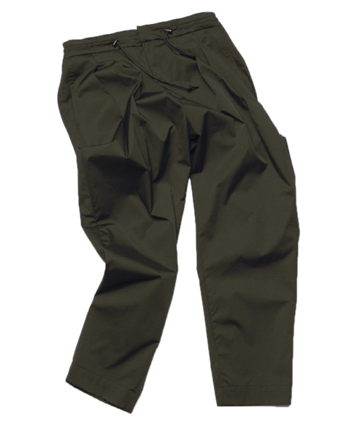 [뮤트커먼센스]Two tuck trousers (Khaki)