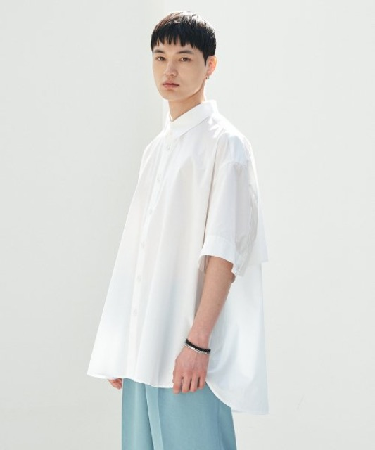 [에드] BACK PLEATS SHIRT WHITE