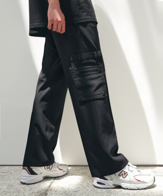 [에드] ADDITUDE SUPER WIDE SLACKS BLACK