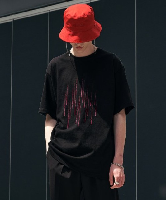 [에드] RAIN GRAPHIC TEE BLACK