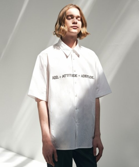 [에드] ADDITUDE TITLE SHIRT WHITE